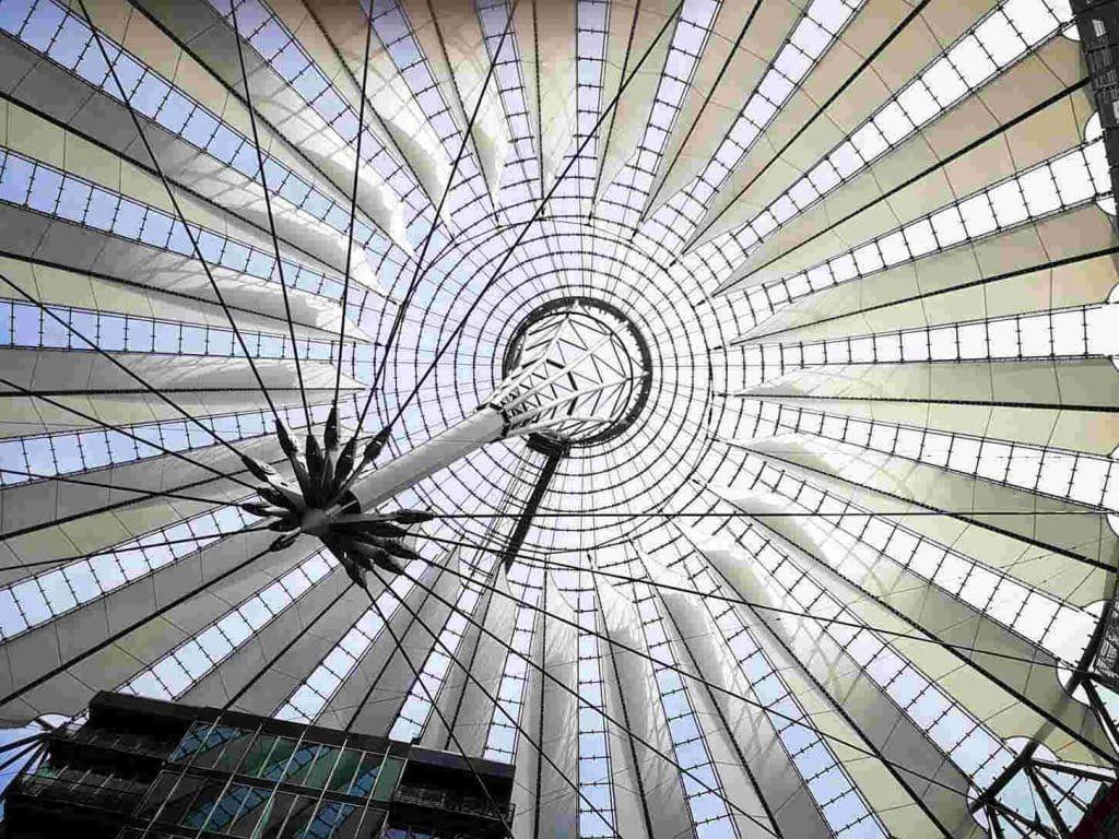 ハニカムポリカーボネート板製天窓