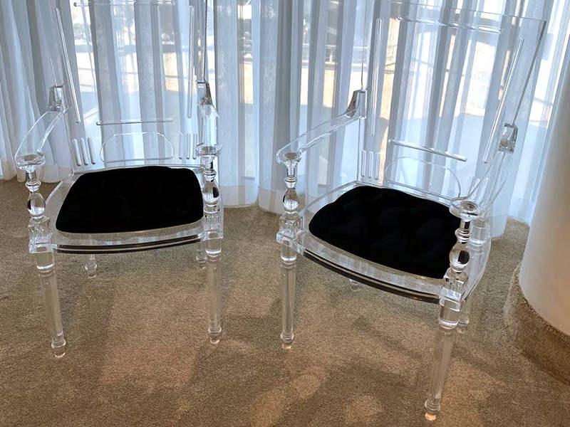 アクリル家具